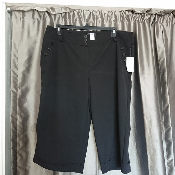 Studio 1940 Pants - New Bermuda 22-24 women's black by Studio 1940